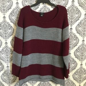 Rue 21 knitted stripped sweater //X-Large//